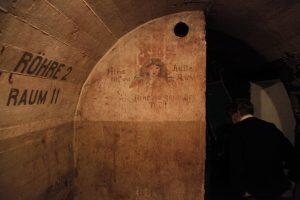 Im Bunker 1 (1200)